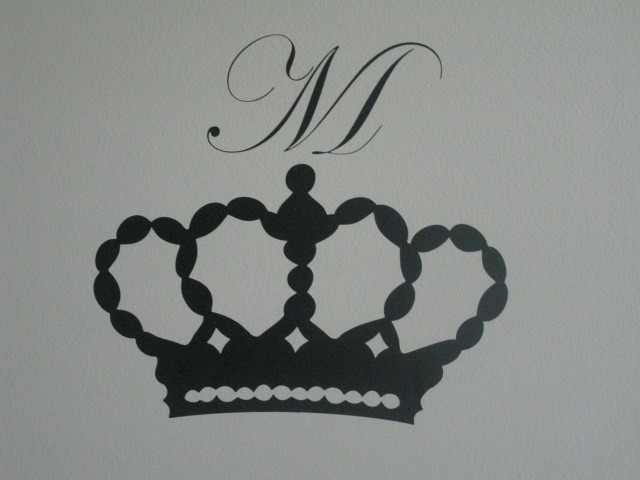 Vinyl Crown Decal